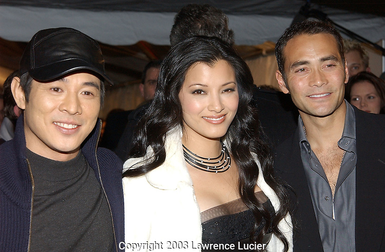 Jet Li, Kelly Hu, and Mark Dacascos