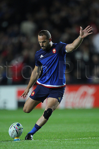 01.10.2015. Milton Keynes, England. Rugby World Cup. France versus Canada.  Frederic Michalak of France in warm-up kicking practice.
