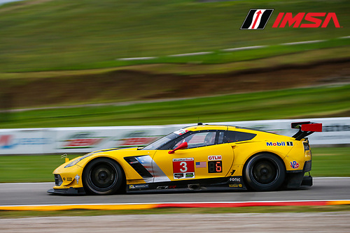 IMSA WeatherTech SportsCar Championship<br /> Continental Tire Road Race Showcase<br /> Road America, Elkhart Lake, WI USA<br /> Friday 4 August 2017<br /> 3, Chevrolet, Corvette C7.R, GTLM, Antonio Garcia, Jan Magnussen<br /> World Copyright: Jake Galstad<br /> LAT Images