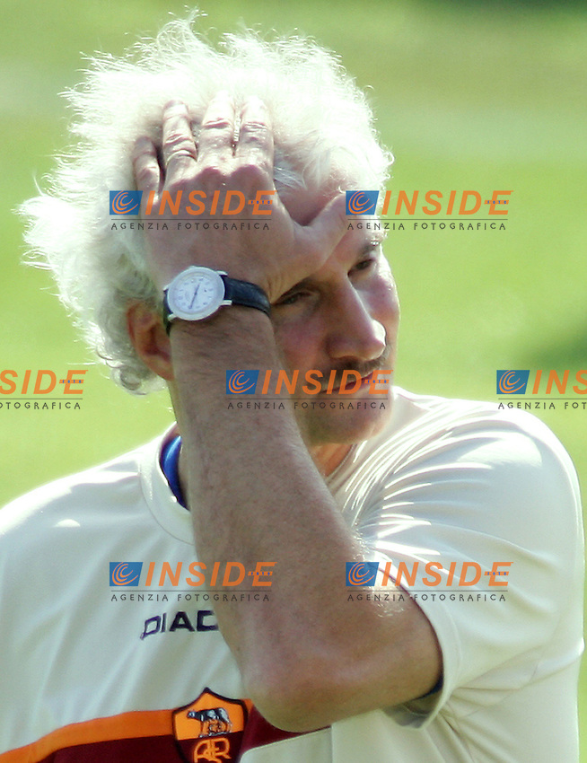 Roma 31/8/2004 Primo allenamento della Roma diretto da Rudi Voeller. <br /> First training of AS Roma with new trainer Rudi Voeller.<br /> In this picture Rudi Voeller<br /> Foto Andrea Staccioli Insidefoto