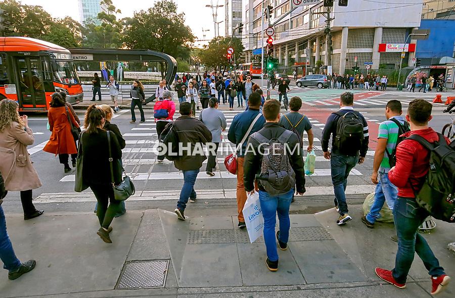Faixa de pedestres, rua da Consolaçao, Sao Paulo. 2018. Foto © Juca Martins