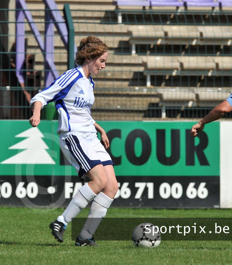 VV Rassing Harelbeke : Stefanie Houwen.Foto DAVID CATRY / Vrouwenteam.be