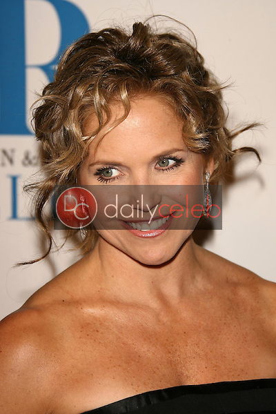 Katie Couric<br />at The Museum of Television & Radio's Annual Los Angeles Gala. Regent Beverly Wilshire Hotel, Beverly Hills, CA. 10-30-06<br />Dave Edwards/DailyCeleb.com 818-249-4998