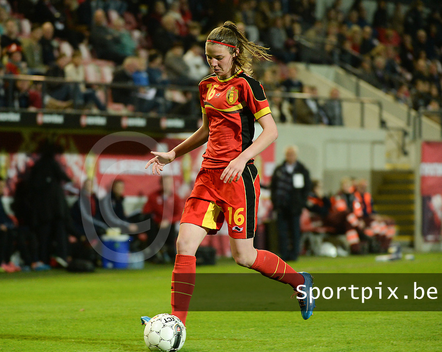 20140410 - LEUVEN , BELGIUM : Belgian Nicky Van Den Abbeele pictured during the female soccer match between Belgium and Norway, on the seventh matchday in group 5 of the UEFA qualifying round to the FIFA Women World Cup in Canada 2015 at Stadion Den Dreef , Leuven . Thursday 10th April 2014 . PHOTO DAVID CATRY
