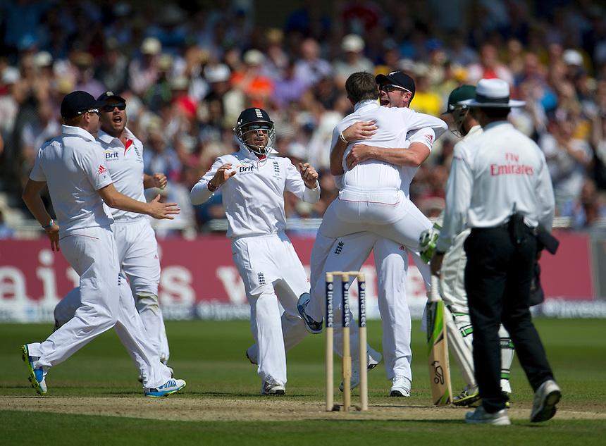 England's Graeme Swann celebrates taking the wicket of Australia's Brad Haddin  - BJ Haddin&dagger; b Swann 1<br /> <br />  (Photo by Stephen White/CameraSport) <br /> <br /> International Cricket - First Investec Ashes Test Match - England v Australia - Day 2 - Thursday 11th July 2013 - Trent Bridge - Nottingham<br /> <br /> &copy; CameraSport - 43 Linden Ave. Countesthorpe. Leicester. England. LE8 5PG - Tel: +44 (0) 116 277 4147 - admin@camerasport.com - www.camerasport.com