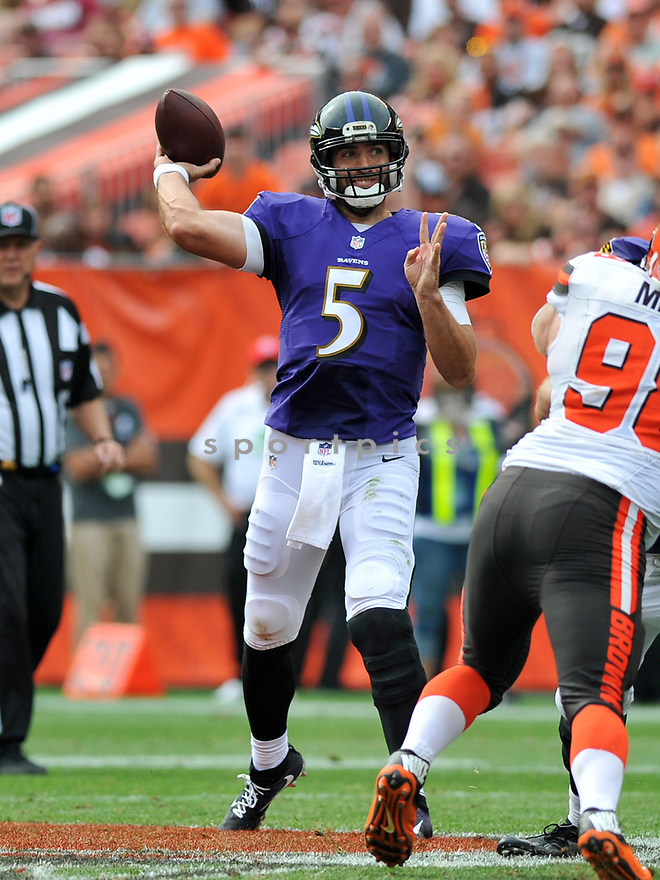 CLEVELAND, OH - JULY 18, 2016: Quarterback Joe Flacco #5 of the Baltimore Ravens throws a pass in the fourth quarter of a game against the Cleveland Browns on July 18, 2016 at FirstEnergy Stadium in Cleveland, Ohio. Baltimore won 25-20. (Photo by: 2017 Nick Cammett/Diamond Images)  *** Local Caption *** Joe Flacco(SPORTPICS)