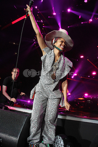 NEW ORLEANS, LOUISIANA - JULY 7, 2014<br /> <br /> Erykah Badu performs at the 20th anniversary of the Essence Festival at the Mercedes Benz Superdome, July 6, 2014 in New Orleans, Louisiana Walik Goshorn/MediaPunch