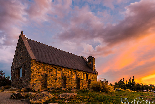 Church of the Good Shepard Shepherd Lake Tekapom Saouth Island, New Zealand