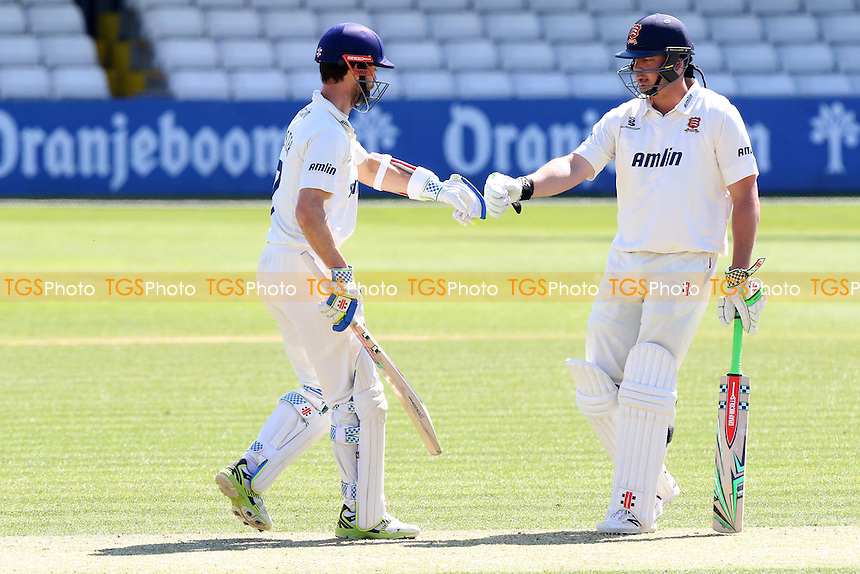 Jesse Ryder (R) of Essex congratulates James Foster on his fifty - Essex CCC vs Kent CCC - LV County Championship Division Two Cricket at the Essex County Ground, Chelmsford, Essex - 21/04/15 - MANDATORY CREDIT: TGSPHOTO - Self billing applies where appropriate - contact@tgsphoto.co.uk - NO UNPAID USE
