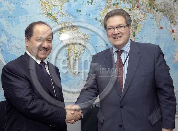 Brussels-Belgium - 08 May 2007---Jacobus -Koos- RICHELLE (ri), Director-General of the Europe Aid Cooperation Office (AIDCO, EuopeAid), receives Massoud BARZANI (le), President of the Autonomous Kurdish Government in Iraq and leader of the Kurdistan Democratic Party---Photo: Horst Wagner/eup-images