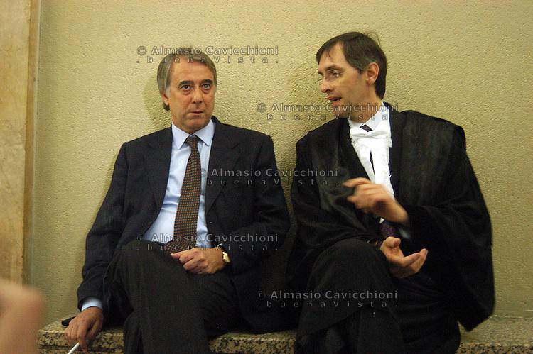 16 APR 2004 Milano: processo SME, GIULIANO PISAPIA e NICCOLO' GHEDINI..APR 16, 2004 Milan: SME Trial, GIULIANO PISAPIA and NICCOLO' GHEDINI.