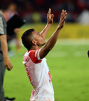 MEDELLIN -COLOMBIA-17-DICIEMBRE-2014. Wilson Morelo jugador de Independiente Santa Fe  celebra su victoria  contra Independiente Medellin  partido Final de Ida  de La Liga Postobon   2014-II jugado  en el estadio Atanasio Girardot de Medell'n./  Wilson Morelo   player of  Independiente Santa Fe  celebrates his Victory  against Independiente Medellin during match Final Round match of La Liga Postobon 2014-II played at the Atanasio Girardot stadium in Medellin .Photo: VizzorImage / Luis R'os / STR