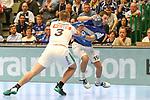 BHCs Tomas Babak (Nr.19) im Zweikampf mit Leipzigs Franz Semper (Nr.3)  im Spiel der Handballliga, Bergischer HC - SC DHFK Leipzig.<br /> <br /> Foto &copy; PIX-Sportfotos *** Foto ist honorarpflichtig! *** Auf Anfrage in hoeherer Qualitaet/Aufloesung. Belegexemplar erbeten. Veroeffentlichung ausschliesslich fuer journalistisch-publizistische Zwecke. For editorial use only.