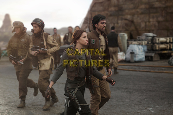 Rogue One: A Star Wars Story (2016)<br /> Jyn Erso (Felicity Jones) and Cassian Andor (Diego Luna)<br /> *Filmstill - Editorial Use Only*<br /> CAP/KFS<br /> Image supplied by Capital Pictures