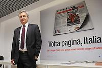 Roma, 5 Maggio 2012.Redazione del quotidiano l'Unità.presentazione del nuovo formato del giornale in edicola da 7 Maggio.Claudio Sardo ,il direttore