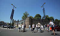 Pictured: Walkers outside Cardiff Castle Thursday 25 May 2017<br />Re: Preparations for the UEFA Champions League final, between Real Madrid and Juventus in Cardiff, Wales, UK.
