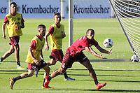 Timothy Chandler (Eintracht Frankfurt) beim Fußball-Handball - Eintracht Frankfurt Training, Commerzbank Arena