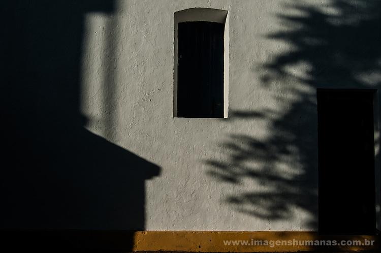 Residência no município de Floresta, Pernambuco, Brasil.