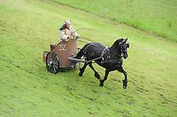 PAARDENSPORT: JOURE: 08-07-2016, SWIPE DEI, Romeinse strijdwagens met Friese paarden, ©foto Martin de Jong