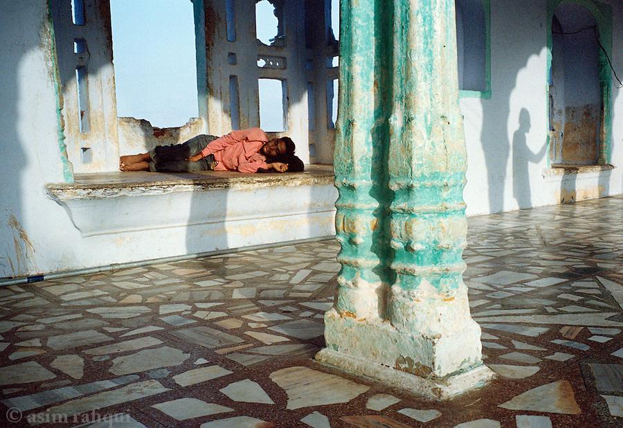 At the Dargah of Hazrat Miran Syed Husian Asghar Khangswar, Ajmer, Rajasthan