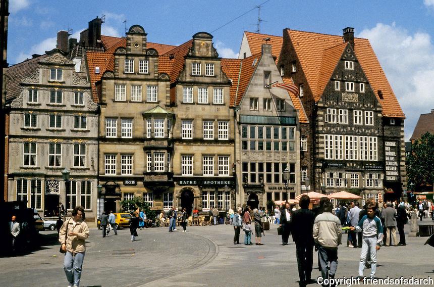 "Bremen: Marktplatz--houses in the ""Flemish style"". Street scene. Photo '87."