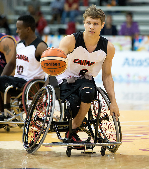 TORONTO, ON, AUGUST 8, 2015. Wheelchair Basketball - CAN 102-27VEN in men's action - Liam Hickey<br /> Photo: Dan Galbraith/Canadian Paralympic Committee