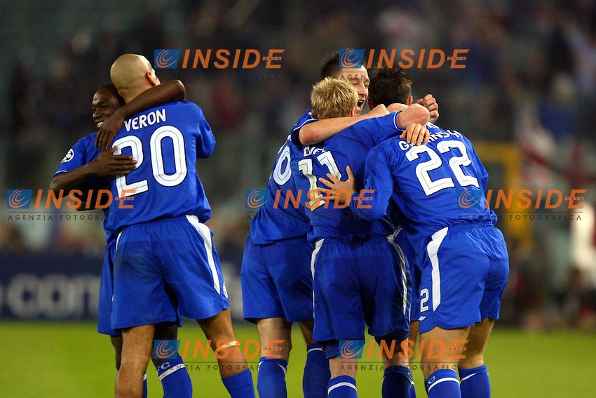 Roma 4/11/2003 Champions League<br /> Lazio Chelsea 0-4 <br /> Eidur Gudjohnsen festeggiato dai compagni<br /> Foto Andrea Staccioli / Insidefoto