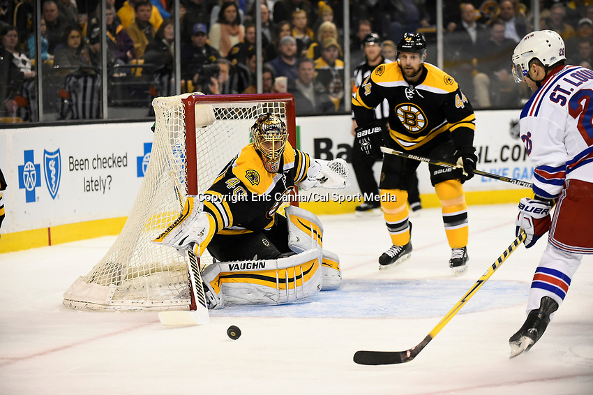 January 15, 2015 - Boston, Massachusetts, U.S. - Boston Bruins goalie Tuukka Rask (40) in game action during the NHL match between the New York Rangers and the Boston Bruins held at TD Garden in Boston Massachusetts. Eric Canha/CSM