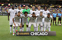 CHICAGO - UNITED STATES, 22-06-2016: Formación de Colombia contra Chile  durante partido porla semifinal  entre Colombia (COL) y Chile (CHI)  por la Copa América Centenario USA 2016 jugado en el estadio Soldier Field en Chicago, USA.  / Team of Colombia against Chile during a match for the quarter of finals between Colombia (COL) and Chile  (CHI) for the Copa América Centenario USA 2016 played at Soldier Field  stadium in Chicago, USA. Photo: VizzorImage/ Luis Alvarez /Cont.