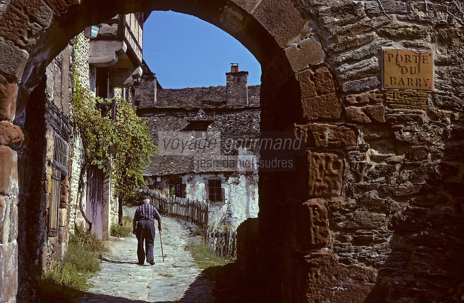 Europe/France/Auvergne/12/Aveyron/Conques: Porte du Barry restes des anciennes fortifications (XIIème)<br /> PHOTO D'ARCHIVES // ARCHIVAL IMAGES<br /> FRANCE 1980