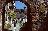 Europe/France/Auvergne/12/Aveyron/Conques : Porte du Barry restes des anciennes fortifications (XIIème)<br /> PHOTO D'ARCHIVES // ARCHIVAL IMAGES<br /> FRANCE 1980