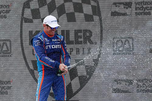 Verizon IndyCar Series<br /> Kohler Grand Prix<br /> Road America, Elkhart Lake, WI USA<br /> Sunday 25 June 2017<br /> Scott Dixon, Chip Ganassi Racing Teams Honda podium champagne<br /> World Copyright: Michael L. Levitt<br /> LAT Images