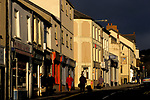 Welsh town Mountain Ash south Wales, people shopping in the Oxford Sytreet the main street in the town. 1990s 1998 UK