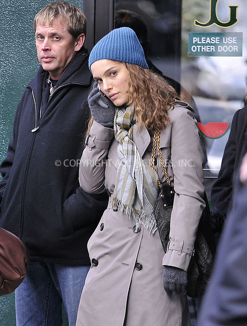 WWW.ACEPIXS.COM . . . . .  ....November 11 2008, New York City....Actress Natalie Portman was on the Upper East Side set of the new movie 'Love and other impossible pursuits' on November 11 2008 in New york City.....Please byline: AJ Sokalner - ACEPIXS.COM..... *** ***..Ace Pictures, Inc:  ..te: (646) 769 0430..e-mail: info@acepixs.com..web: http://www.acepixs.com