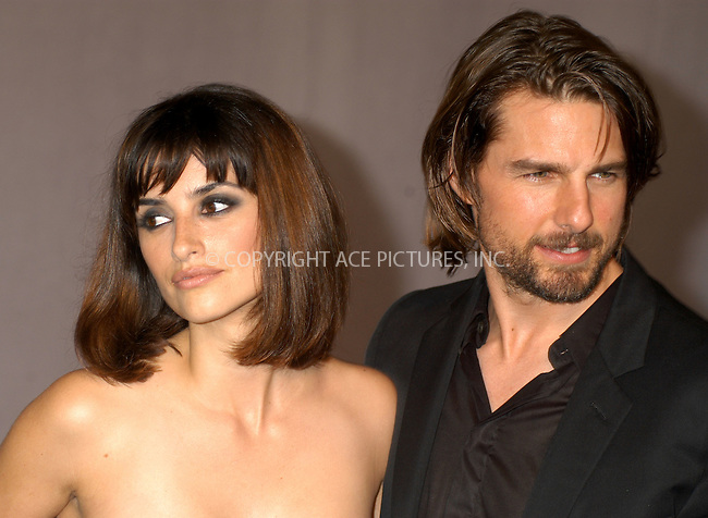 Tom Cruise accepting Mentor's Excellence in Mentoring Award for Program Leadership for his role as founding board member of the Hollywood Education & Literacy Project. PICTURED: TOM CRUISE AND GIRLFRIEND PENELOPE CRUZ  New York, June 19, 2003. Please byline: NY Photo Press.   ..*PAY-PER-USE*      ....NY Photo Press:  ..phone (646) 267-6913;   ..e-mail: info@nyphotopress.com
