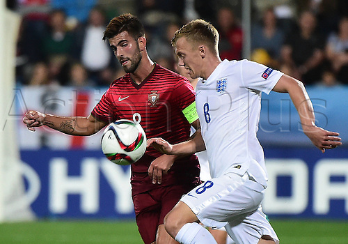 18.06.2015. Czech Republic , 2015 U21 European Championships. England versus Portugal.  Sergio Oliveira (Portugal), James Ward-Prowse (England)