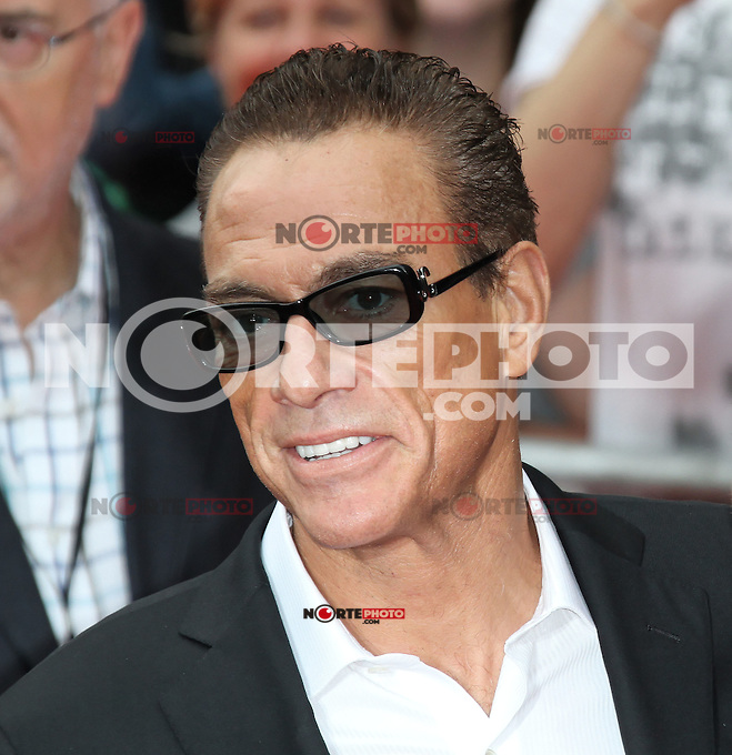 LONDON - AUGUST 13: Jean-Claude Van Damme attended the UK Film Premiere of 'The Expendables 2', Leicester Square, London, UK. August 13, 2012. (Photo by Richard Goldschmidt) /NortePhoto.com<br /> <br />  **CREDITO*OBLIGATORIO** *No*Venta*A*Terceros*<br /> *No*Sale*So*third* ***No*Se*Permite*Hacer Archivo***No*Sale*So*third*