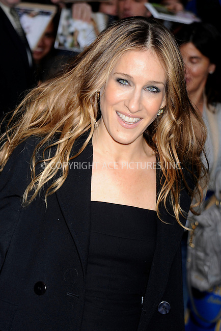 WWW.ACEPIXS.COM . . . . .....May 22, 2008. New York City,....Actress Sarah Jessica Parker leaves the 'Late Show with David Letterman' at the Ed Sullivan Theater...  ....Please byline: Kristin Callahan - ACEPIXS.COM..... *** ***..Ace Pictures, Inc:  ..Philip Vaughan (646) 769 0430..e-mail: info@acepixs.com..web: http://www.acepixs.com