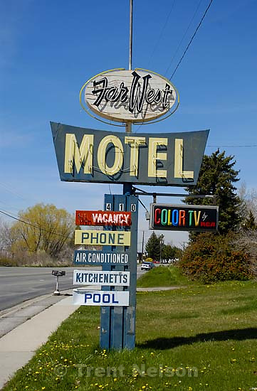 Far West Motel signs. no vacancy, phone, air conditioned, kitchenetts, pool. Davis County project. 04/06/2005<br />