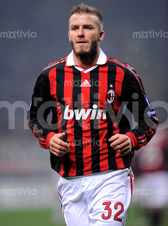 FUSSBALL  International  Champions League  Hinspiel SAISON 2009/2010    AC Mailand  - Manchester United      16.02.2010 David Beckham  (Milan)