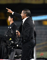 BOGOTÁ-COLOMBIA, 27-01-2019: Alexis García, técnico de Deportivo Pasto, durante partido de la fecha 1 entre Independiente Santa Fe y Deportivo Pasto, por la Liga Aguila I 2019, en el estadio Nemesio Camacho El Campin de la ciudad de Bogotá. / Alexis Garcia, coach of Deportivo Pasto, during a match of the 1st date between Independiente Santa Fe and Deportivo Pasto, for the Liga Aguila I 2019 at the Nemesio Camacho El Campin Stadium in Bogota city, Photo: VizzorImage / Luis Ramírez / Staff.