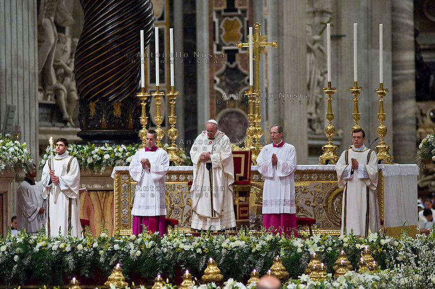 Papa Francesco nella Basilica di San Pietro durante la celebrazione della Santa Messa.