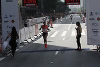 SÃO PAULO,  SP, 31.12.2018 - SÃO-SILVESTRE - Amdework Walelegn Tadese terceiro colocado masculino na  Corrida Internacional de São Silvestre na Avenida Paulista em São Paulo nesta segunda-feira, 31. (Foto: Nelson Gariba/Brazil Photo Press)