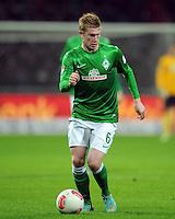 FUSSBALL   1. BUNDESLIGA    SAISON 2012/2013    14. Spieltag   SV Werder Bremen - Bayer 04 Leverkusen                28.11.2012 Kevin De Bruyne (SV Werder Bremen) Einzelaktion am Ball