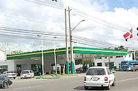 Estación de Gasolina en la avenida Independencia por el Centro de los Heroes que pertenece a Ernesto Paulino (Quirino).Lugar:Santo Domingo,RD.Foto:Cesar de la Cruz.Fecha:.