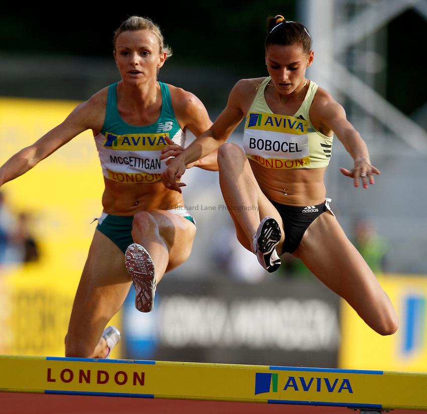 Photo: Richard Lane/Richard Lane Photography. .Aviva London Grand Prix, Crystal Palace. 25/07/2008. Ireland's Roisin McGettigan (lt) and Romania's Ancuta Bobocel in the women's 3000m steeplechase start.