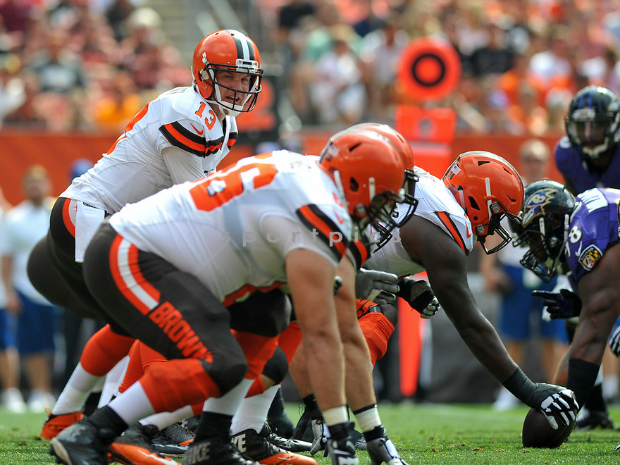 CLEVELAND, OH - JULY 18, 2016: Quarterback Josh McCown #13 of the Cleveland Browns takes the snap from under center in the first quarter of a game against the Baltimore Ravens on July 18, 2016 at FirstEnergy Stadium in Cleveland, Ohio. Baltimore won 25-20. (Photo by: 2017 Nick Cammett/Diamond Images)  *** Local Caption *** Josh McCown(SPORTPICS)