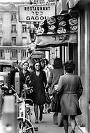 Paris, August 1977. Vie Quotidienne des Juifs a Paris.