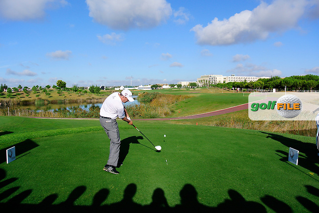 Peter Lawrie (IRL) tees off the 18th tee during Thursday's Round 1 of the Portugal Masters at the Oceanico Victoria Golf Course, Vilamoura, Portugal 10th October 2012 (Photo Eoin Clarke/www.golffile.ie)