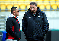 Earl Va'a chats with Steve Hansen. All Blacks training at Westpac Stadium in Wellington, New Zealand on Thursday, 14 June 2018. Photo: Dave Lintott / lintottphoto.co.nz